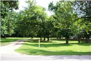 2662 woodley road